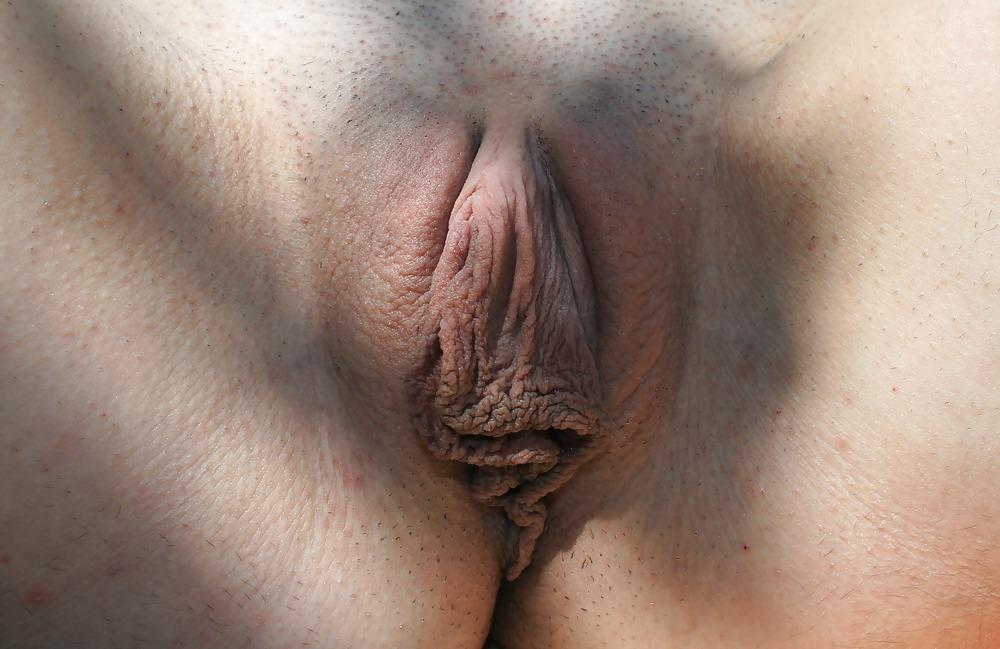 Порно Отвисшие Половые Губы И Сиськи
