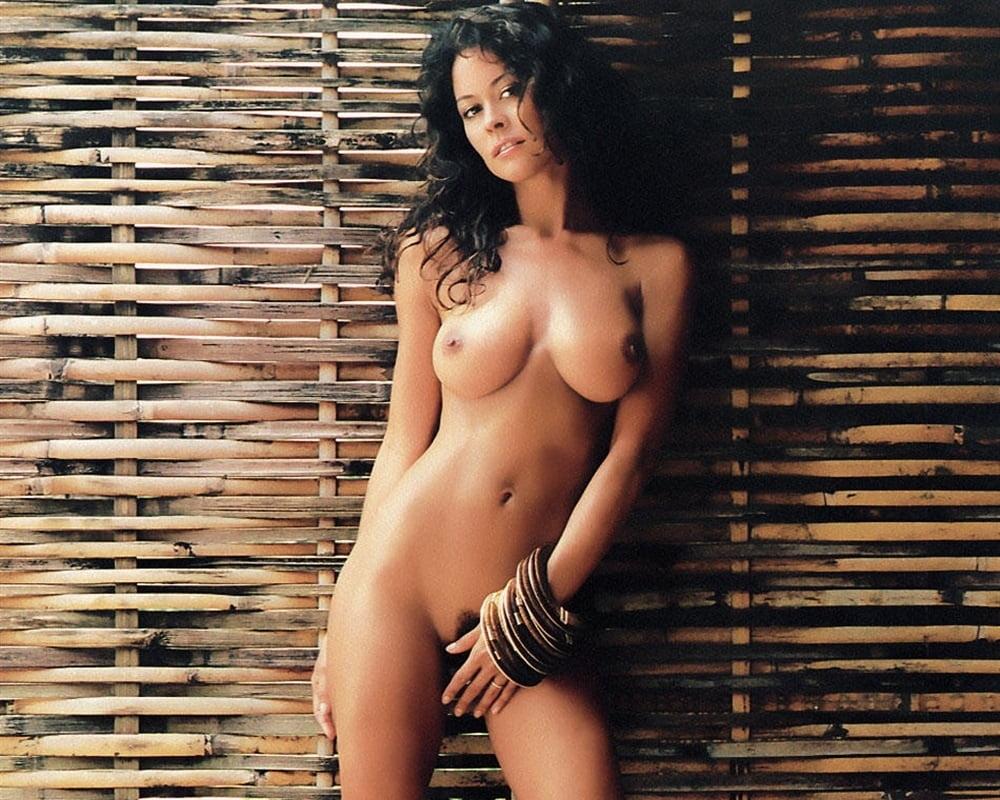 Brooke Markham  nackt
