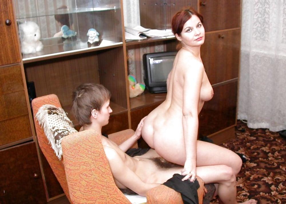 Секс Русских Молодых Мамочек