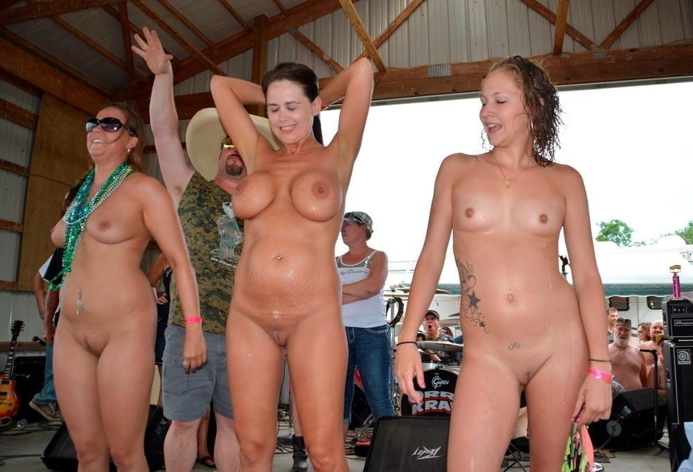 Milf big tits sucking cock