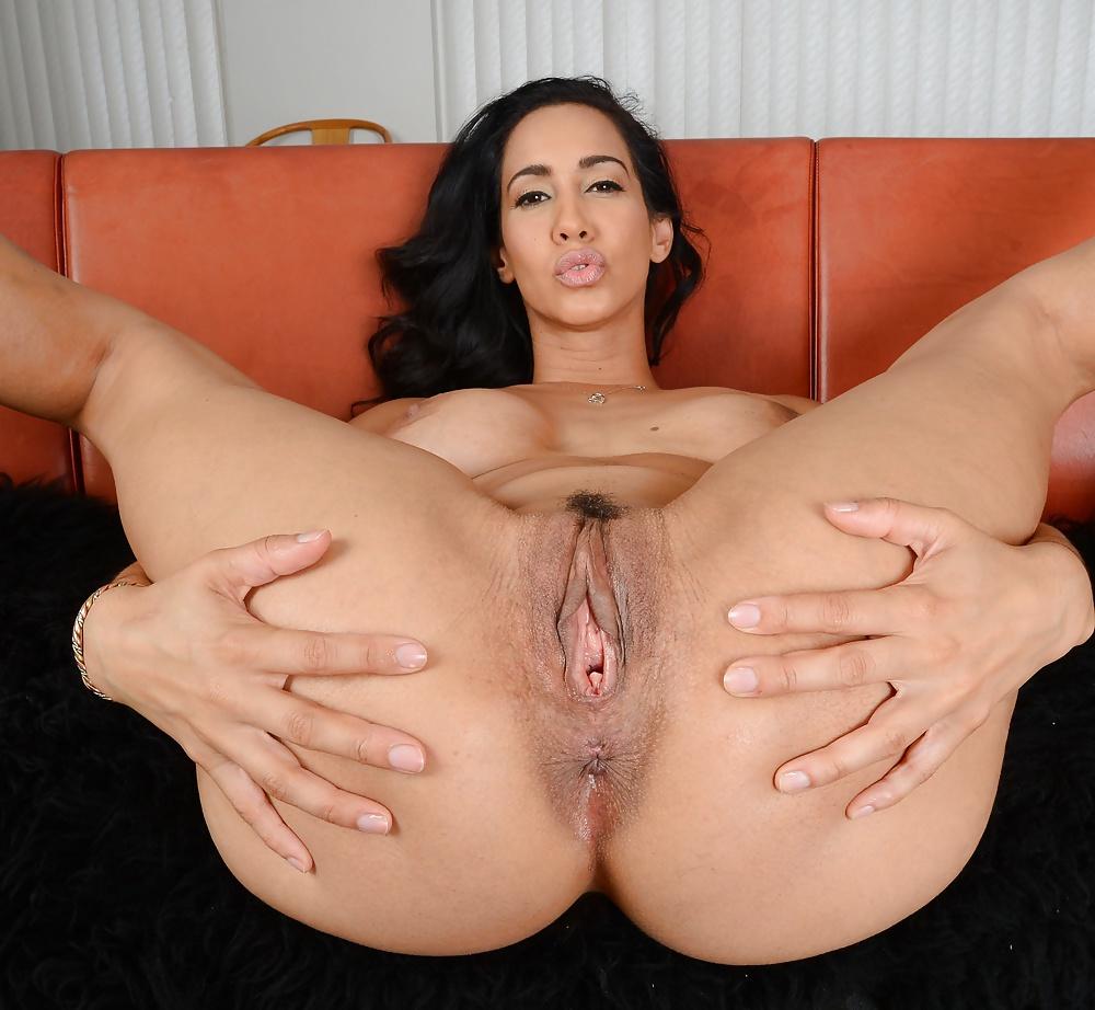 Www Latinas Pussy
