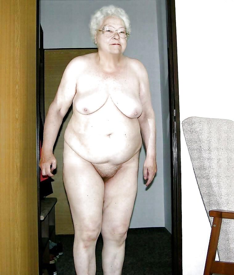Обнаженные Бабушки Фото
