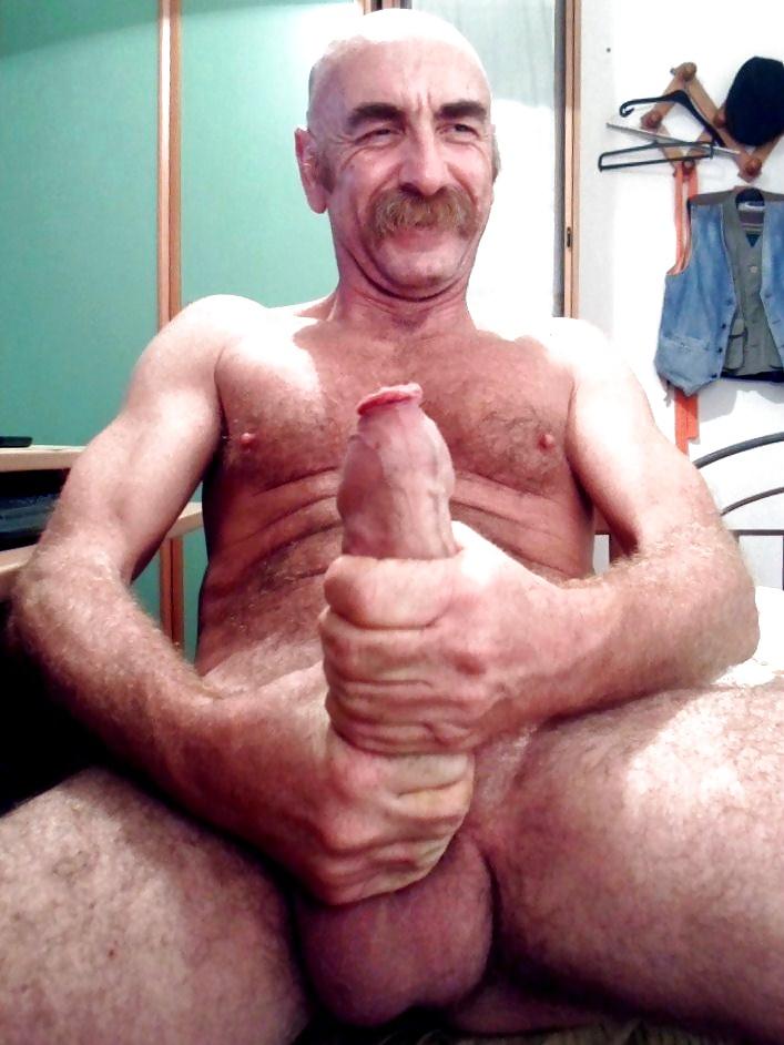 Пожилые Геи С Огромными Членами Порно
