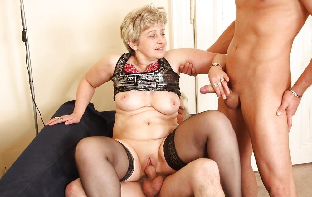 Секс Зрелых Баб Разговором