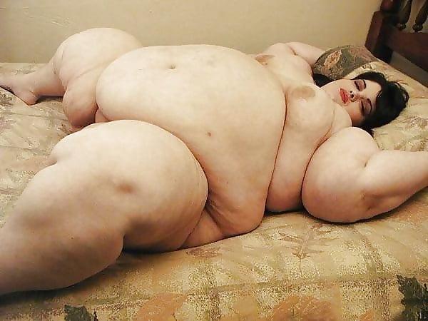 Fat gay men naked