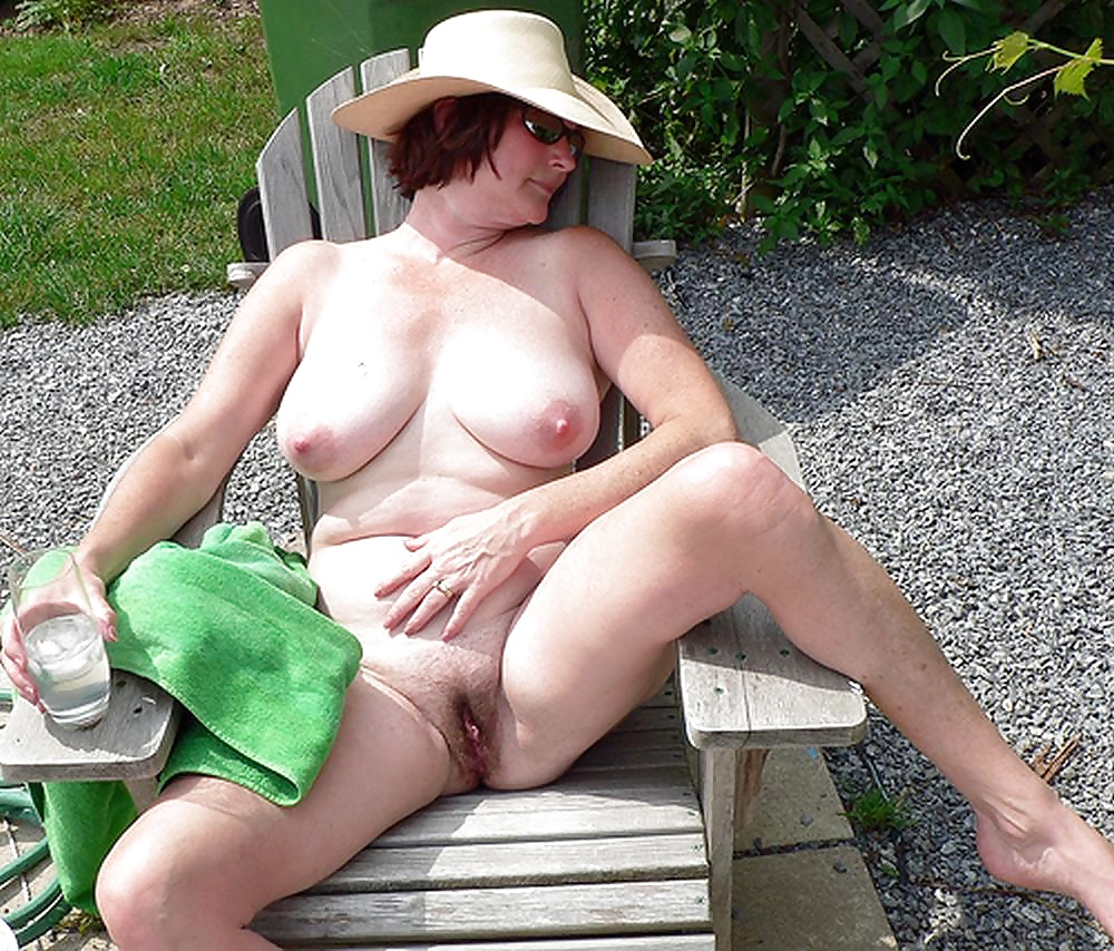Showing Xxx Images For Natural Tits Outside Xxx