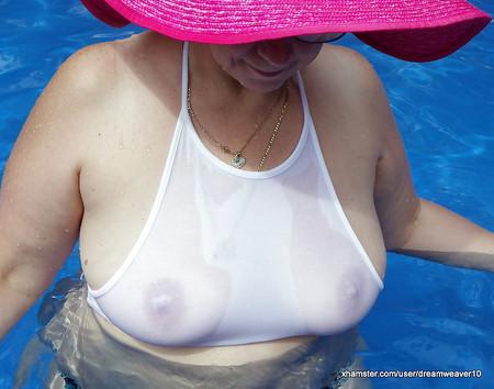 amy rose big boobs
