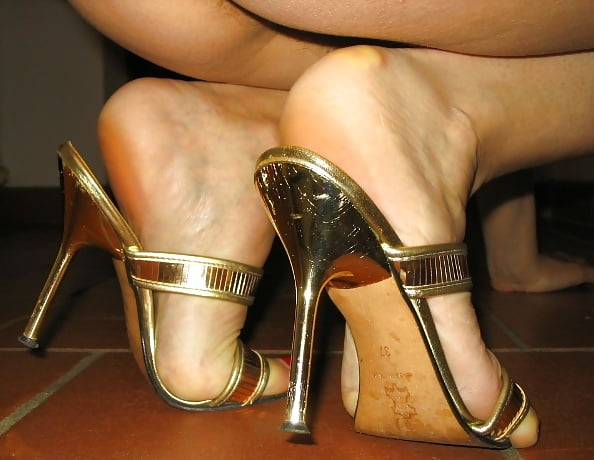 nude-sexy-feet-in-high-heels-nude-and-sexy-female-escorts