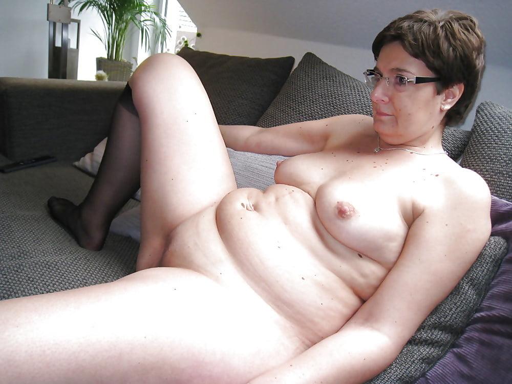 My chubby milf mom — pic 6