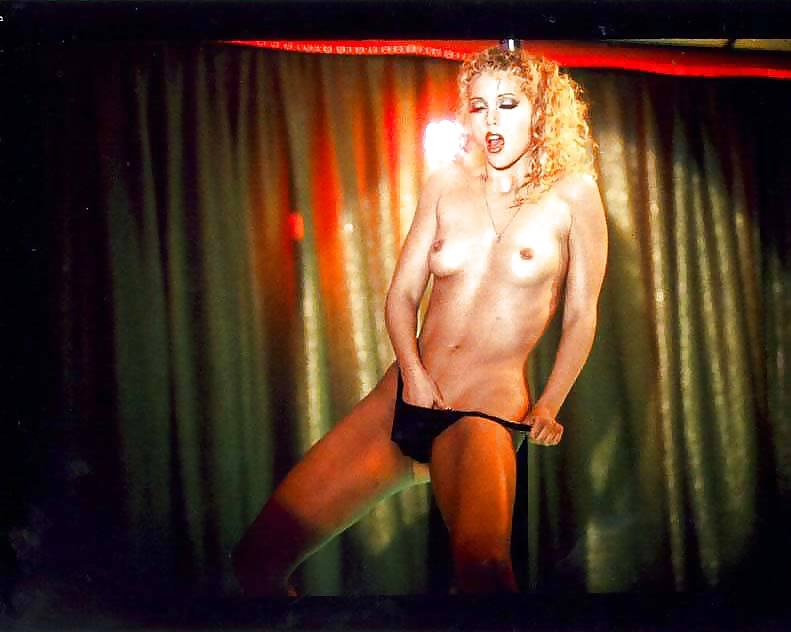 sex-porn-showgirls-hot-finlind-pussy-pics