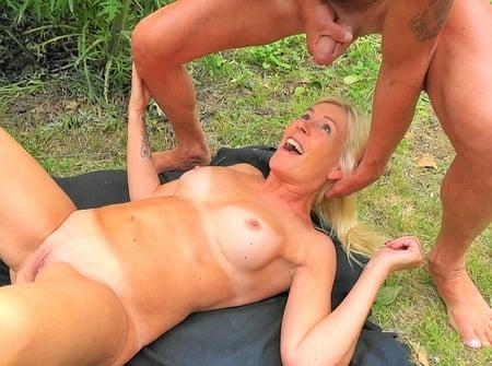Osterhasen Porno