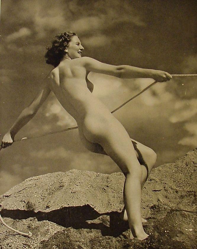 Early erotic cinema — img 15