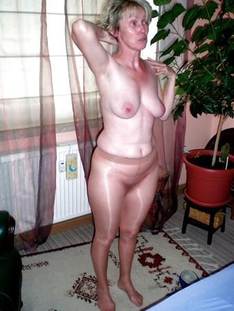 wearing pantyhose Pics of women