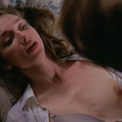Lauren Lapkus Topless