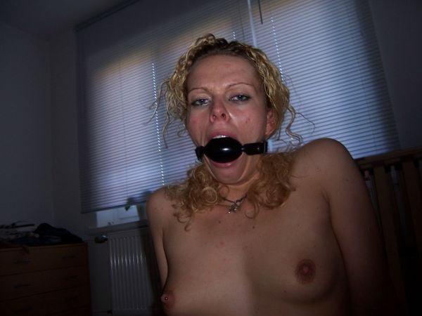 Nutte Taetowierte Sexmaschine Lutschen