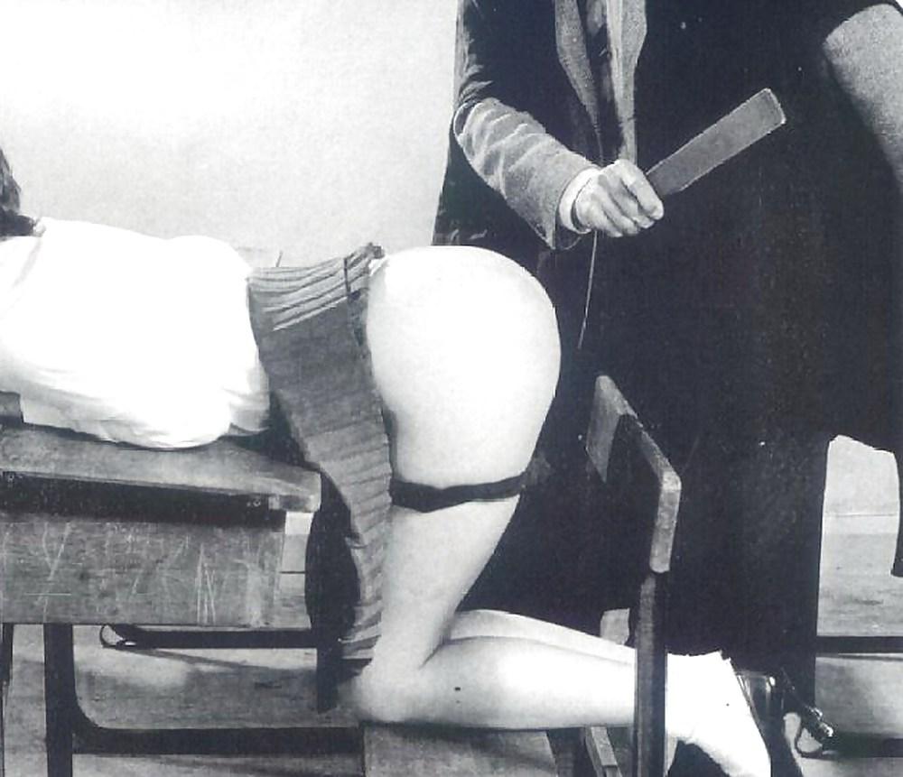 Mf erotic spanking movies — pic 5