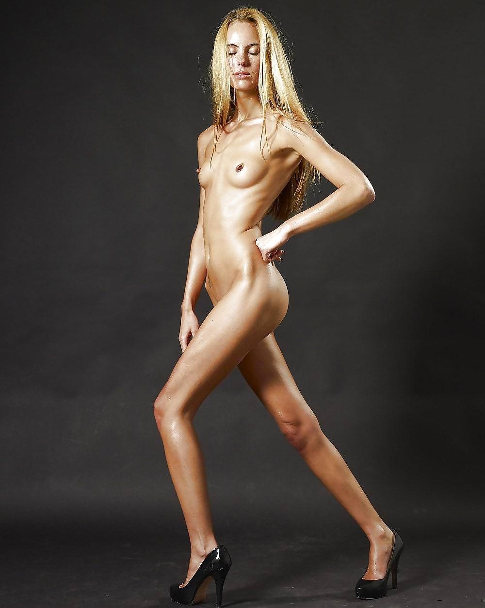 Skinny naked diva pics — img 6