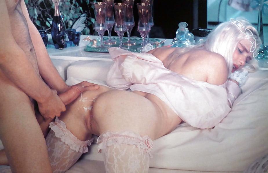 Илона сталлер и ее порно фильмы, длинноногие извращенки порно