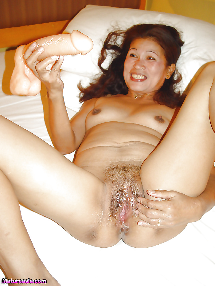 thai-sexy-milf-sexy-breast-ass