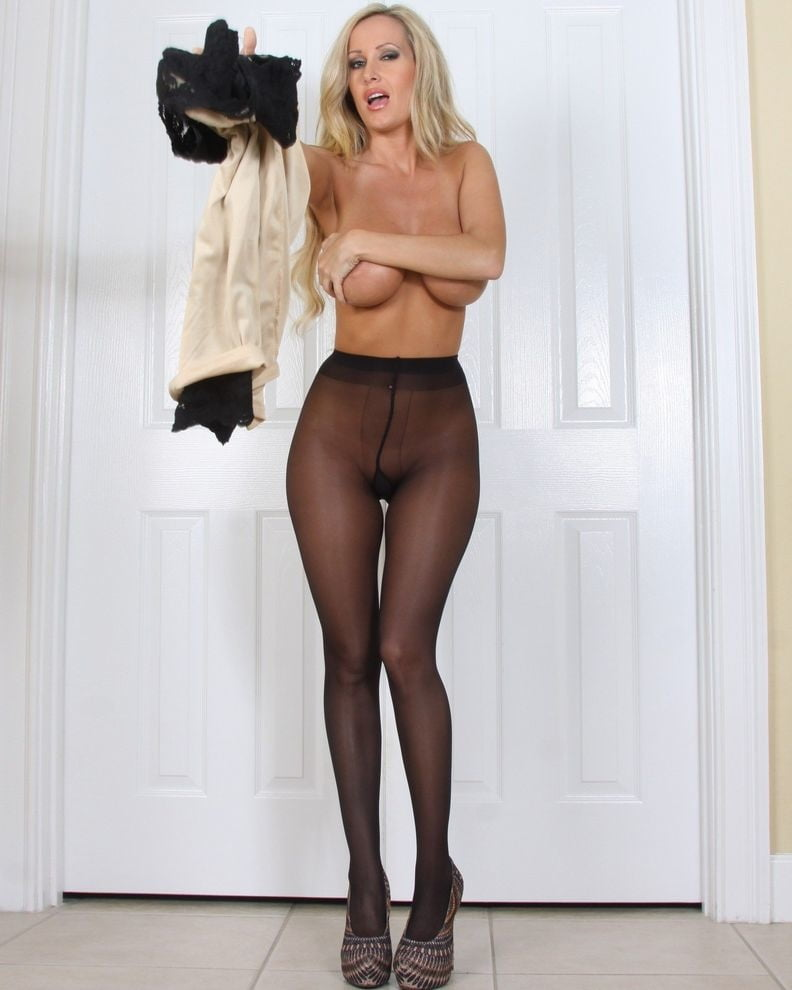 Fuck blondes and pantyhose and legs and nude girl naked guy
