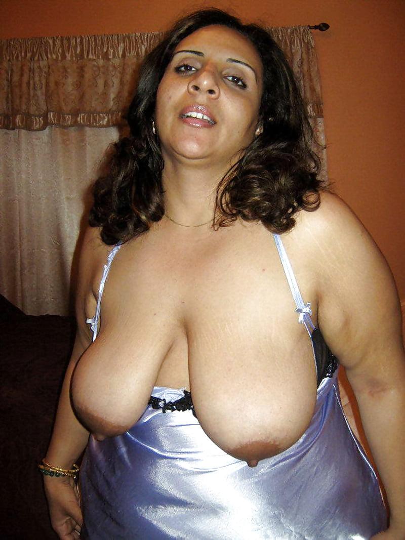 sweet-topless-bbw-nasty-indian-girl