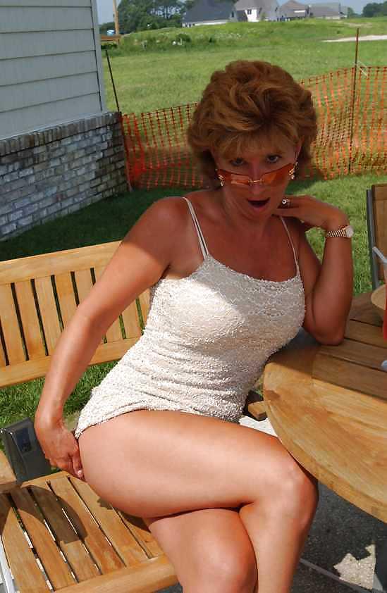 Naked mature women masterbating-6206
