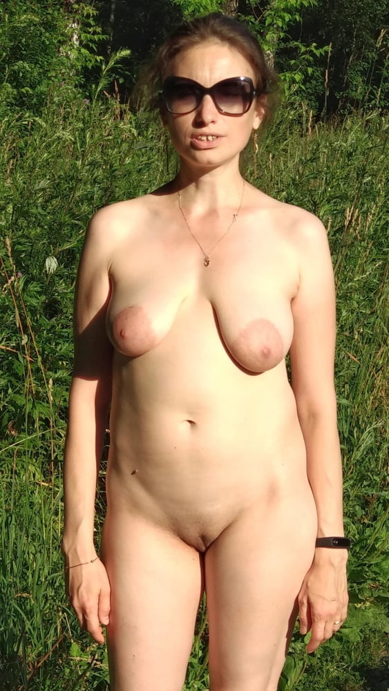 Super sexy huge areolas on small saggy tits