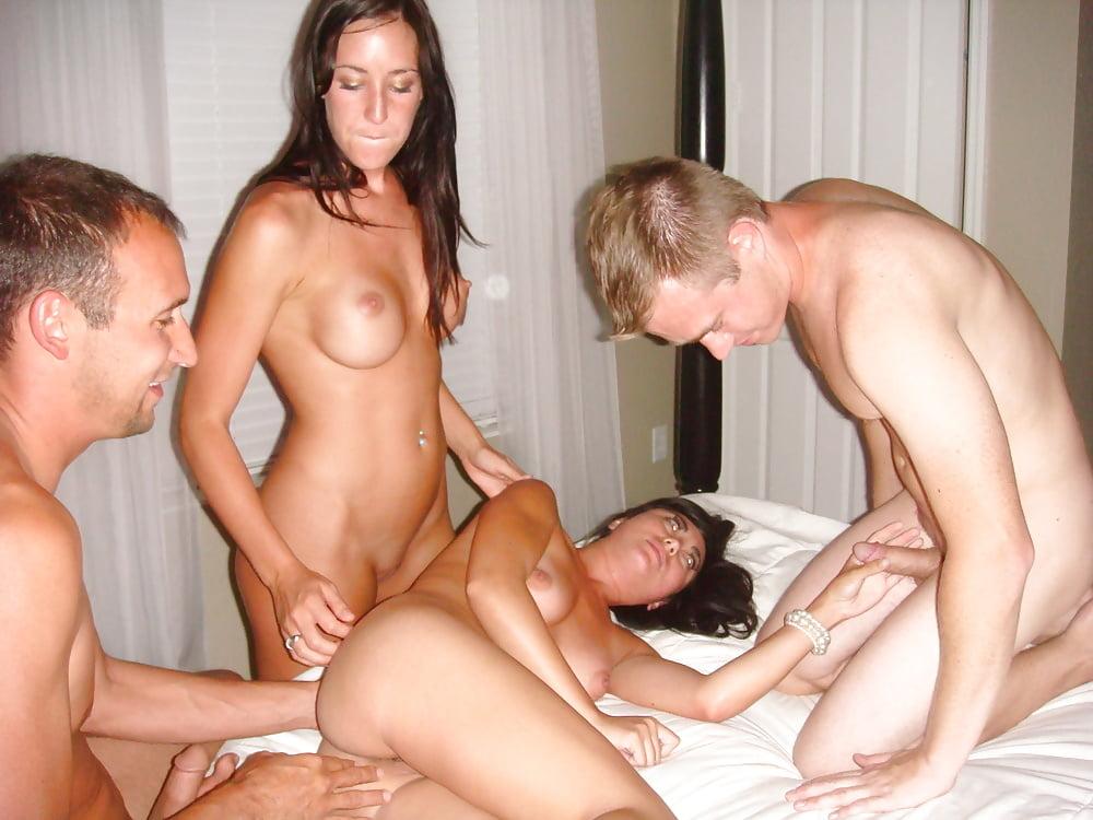 так немного, свингеры девушка порн самые маленькие груди