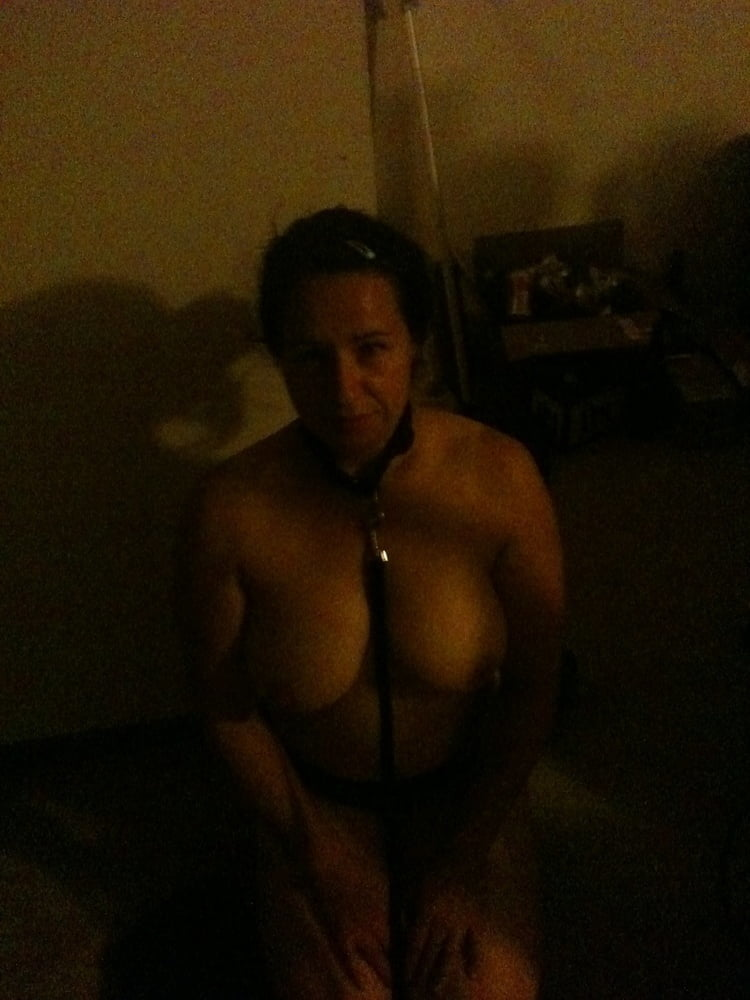 Sara A (3948) - 13 Pics