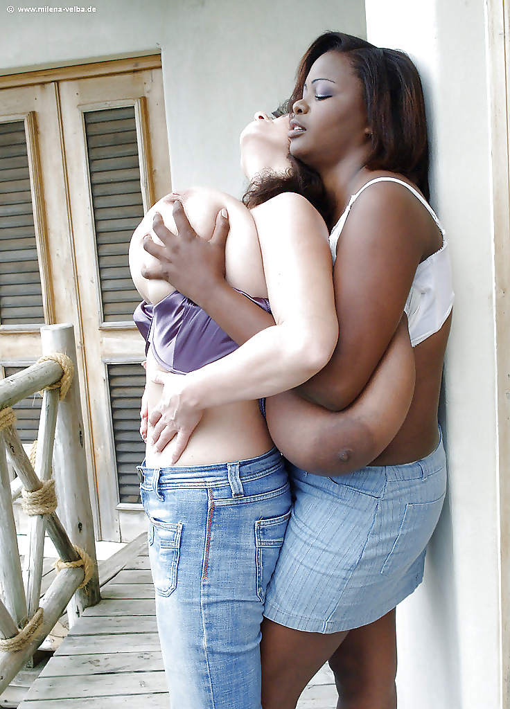 Girls With Big Boobs Give The Best Hugs Shirt, Hoodie, Sweater, Ladie Tee