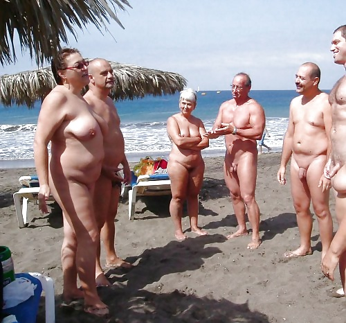 Nude mature group-2059