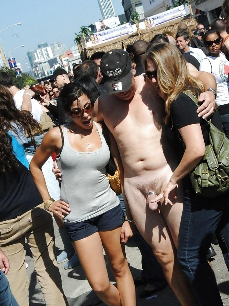 naked-men-touching-women