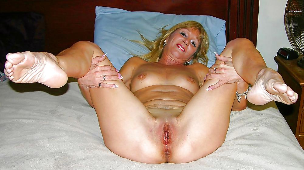 masturbiruyut-porno-super-mamki-tetki-real-yubke-bez