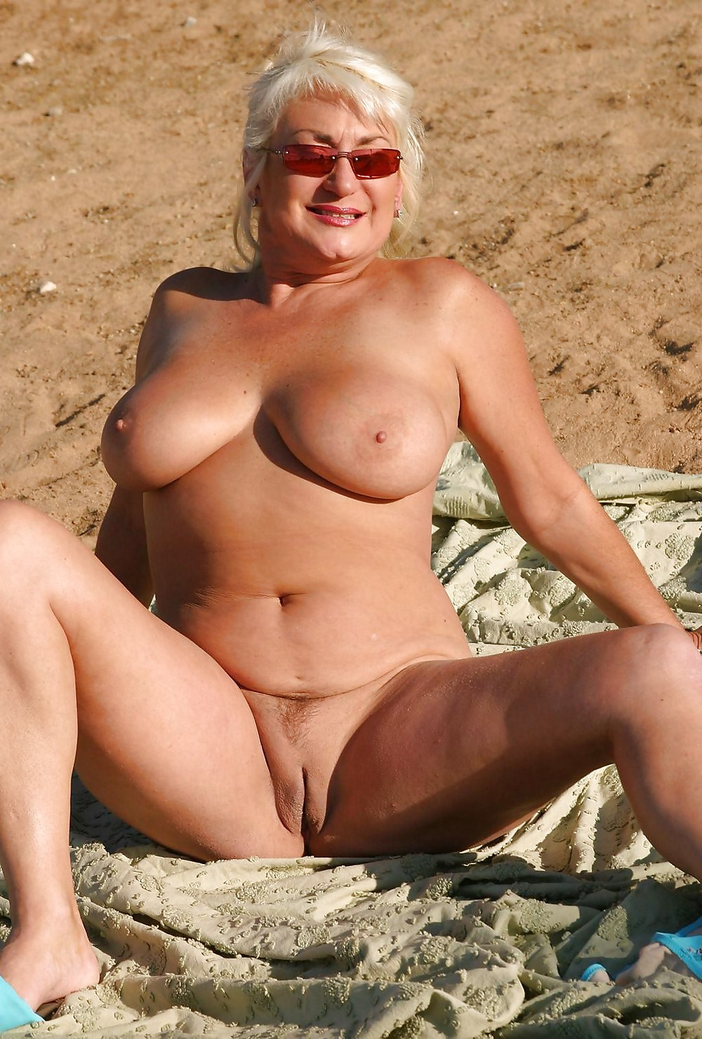 Real housewives stars hottest bikini moments