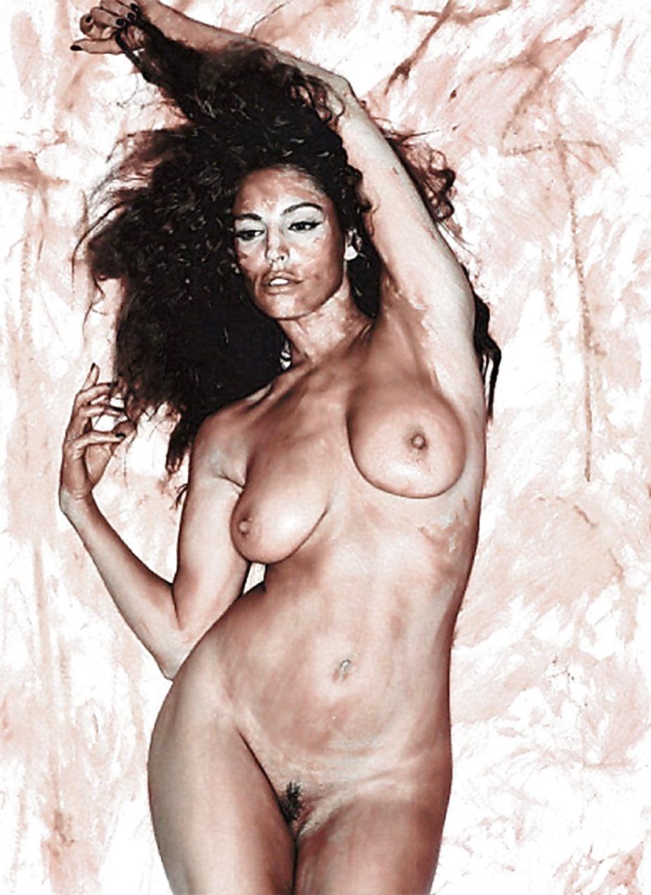 Kelly brook nude pics #8