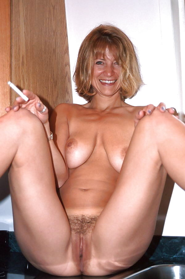 Hot mature nude woman