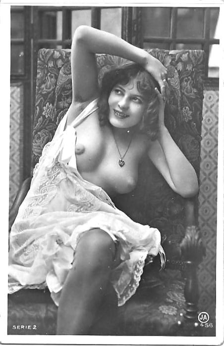 starie-eroticheskie-retro-filmi-na-russkom-yazike-lesbiyanki-v-srednevekove