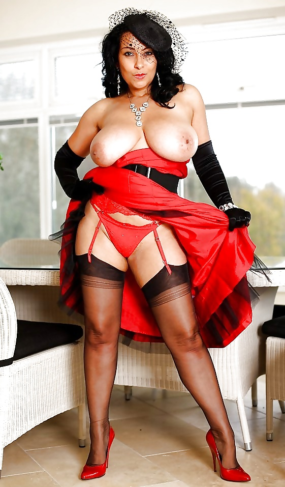 free-pictures-mature-donna-ambrose