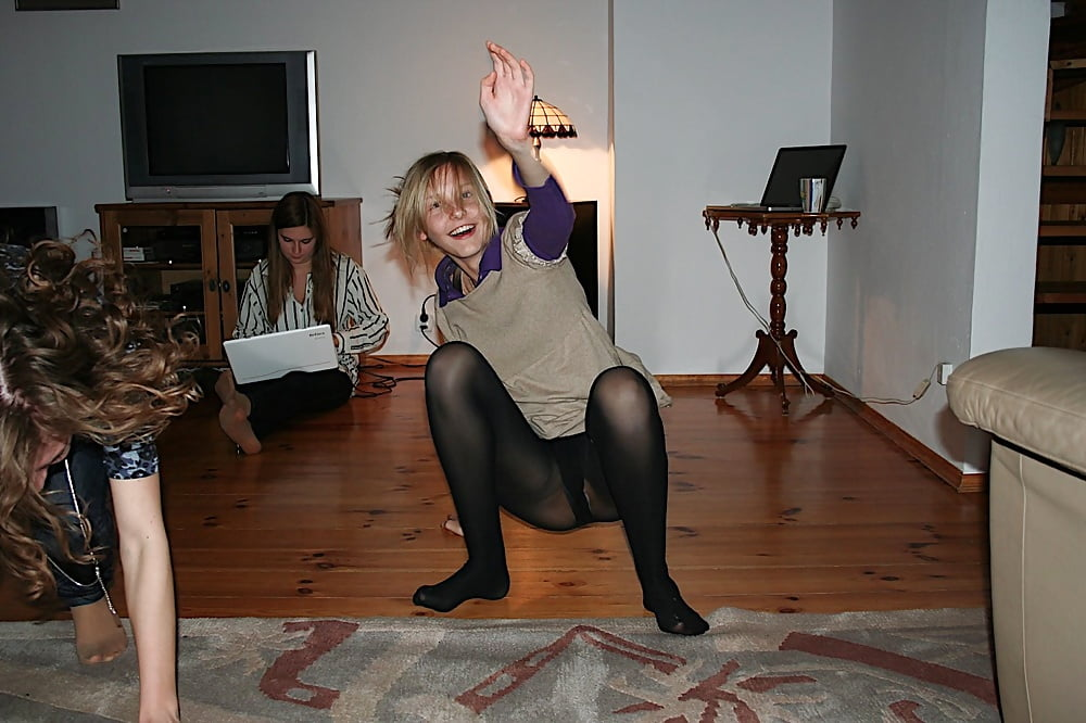 naughty-pantyhose-dance-class-teen