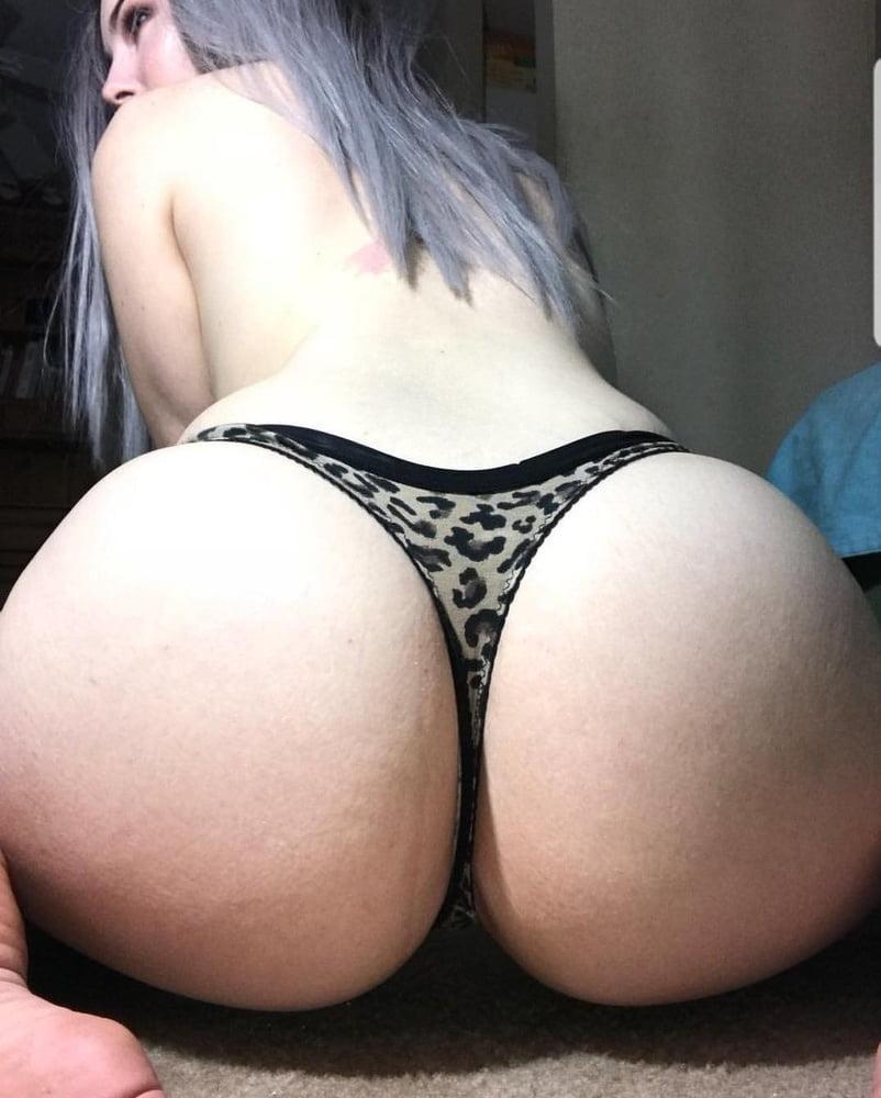 Huge ass in thongs