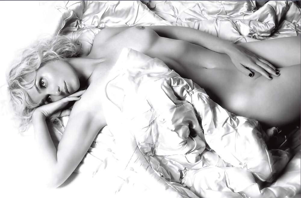 Judith shelton nude, nina dobrev nude photos