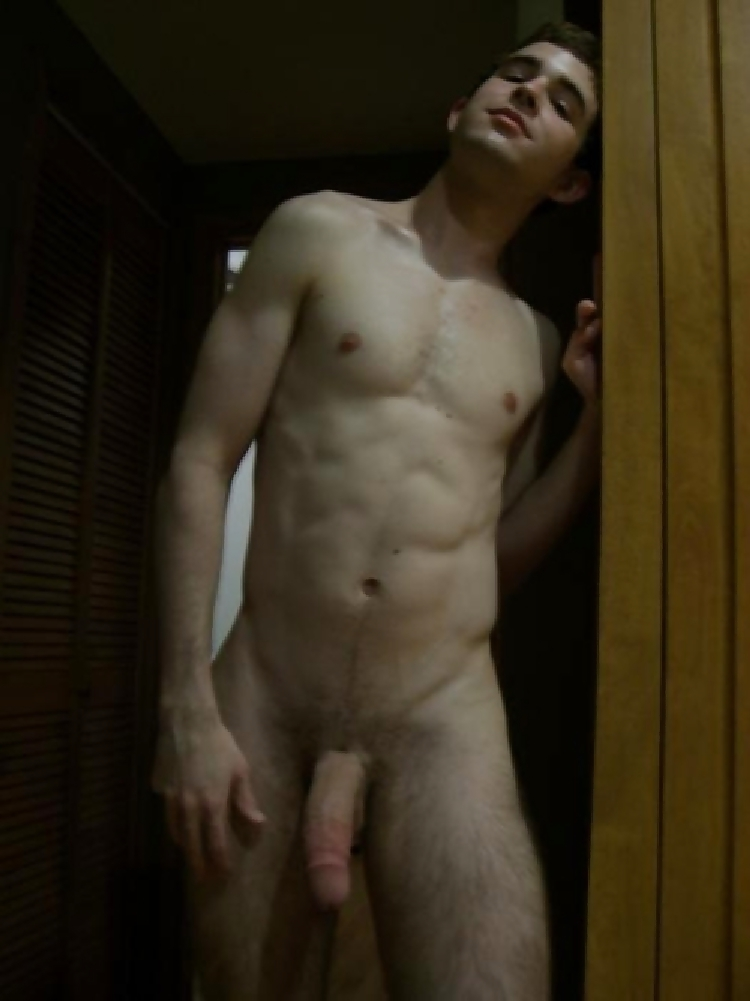 His naked boyfriend — pic 9