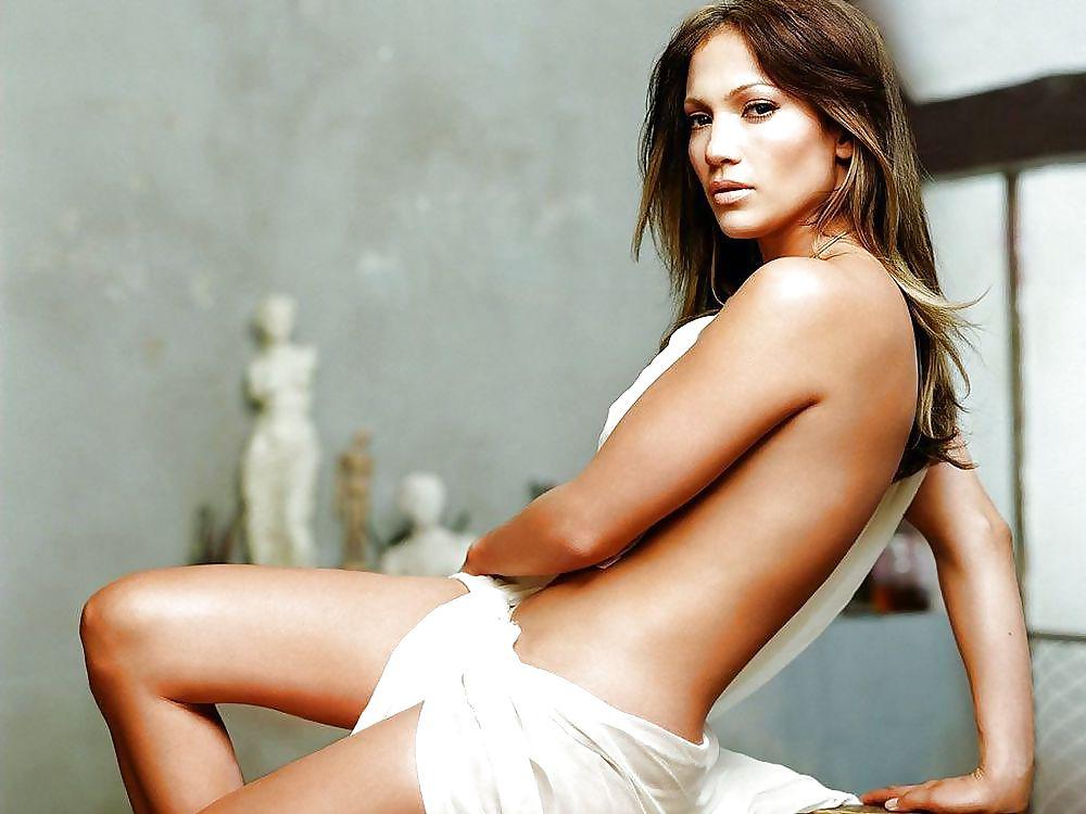 Beautiful brunette nude pics-3266