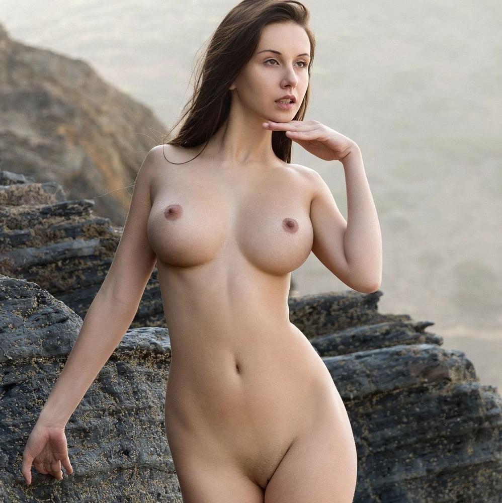 Punk Rocker Girl Nude Fucking