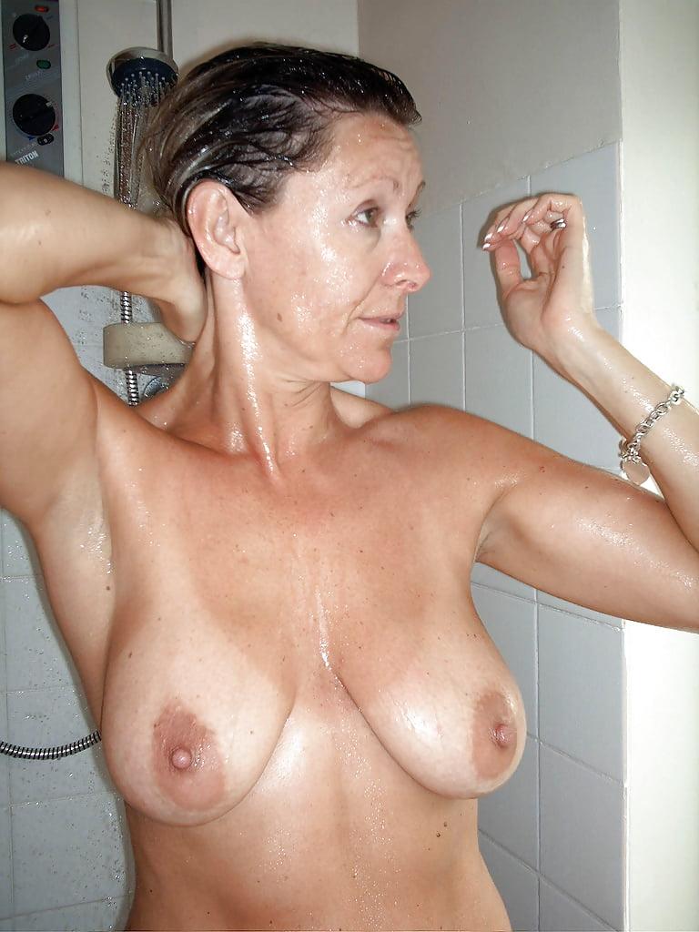 Tanned mature free sex pics