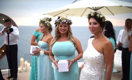 Bridesmaid Bigtits