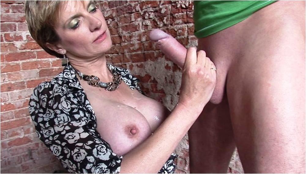 смотреть порно тетя соня - 11