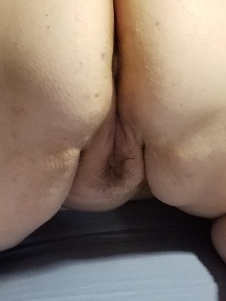 More pics of my big boobed bbw wife