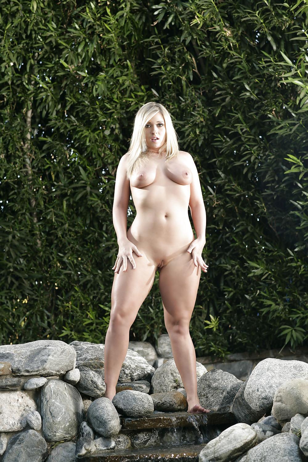Carmen Kinsley Porn