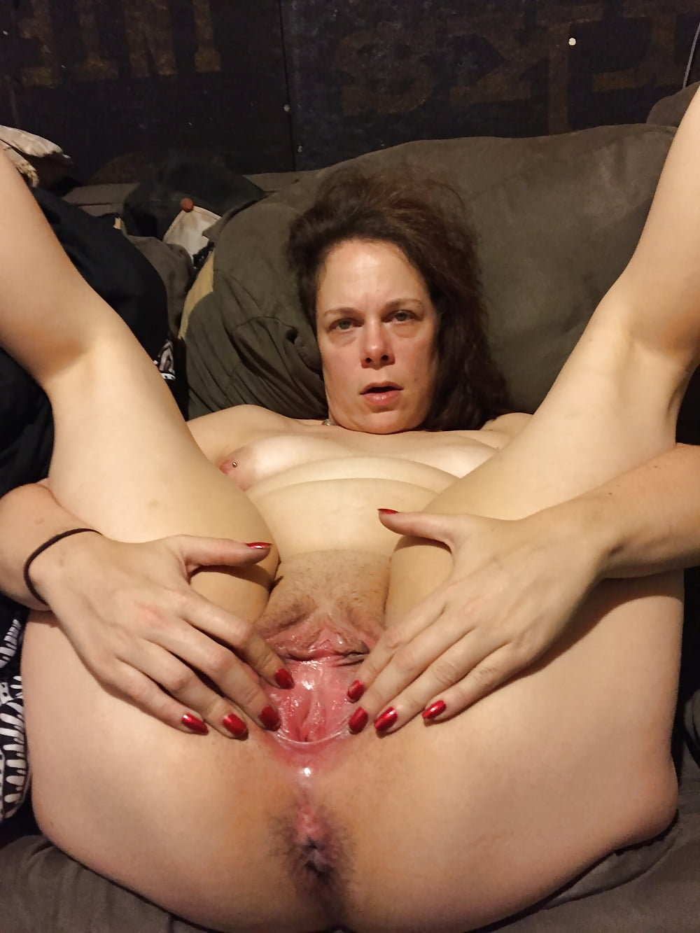 She loves to suck and fuck